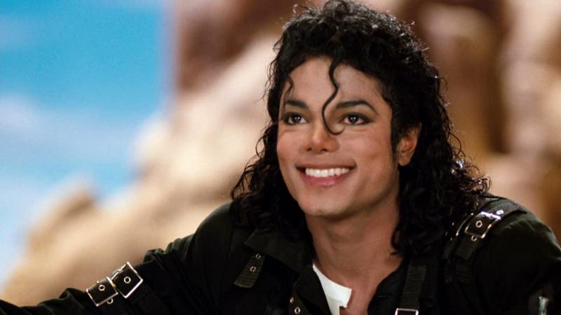 Michael Jackson : マイケル・ジャクソン